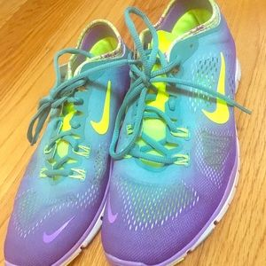 Nike Free ombre colors! Beautiful shoes!